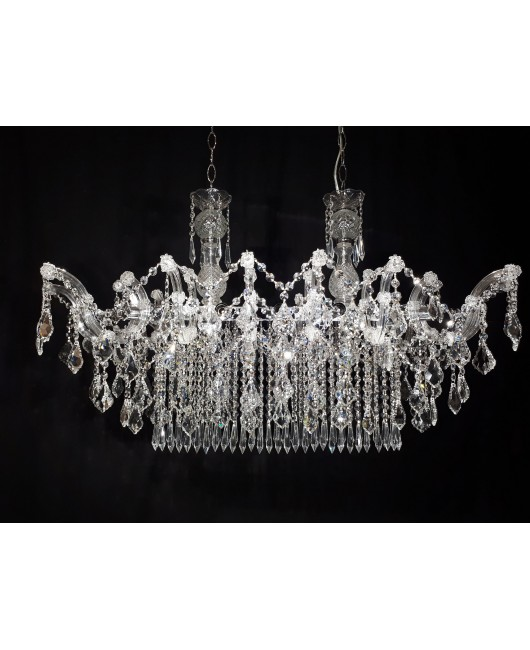 Maria Theresa Oval 14- light chandelier